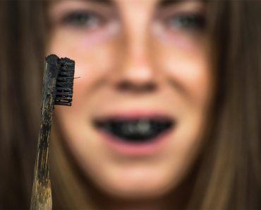 dentifrice-charbon